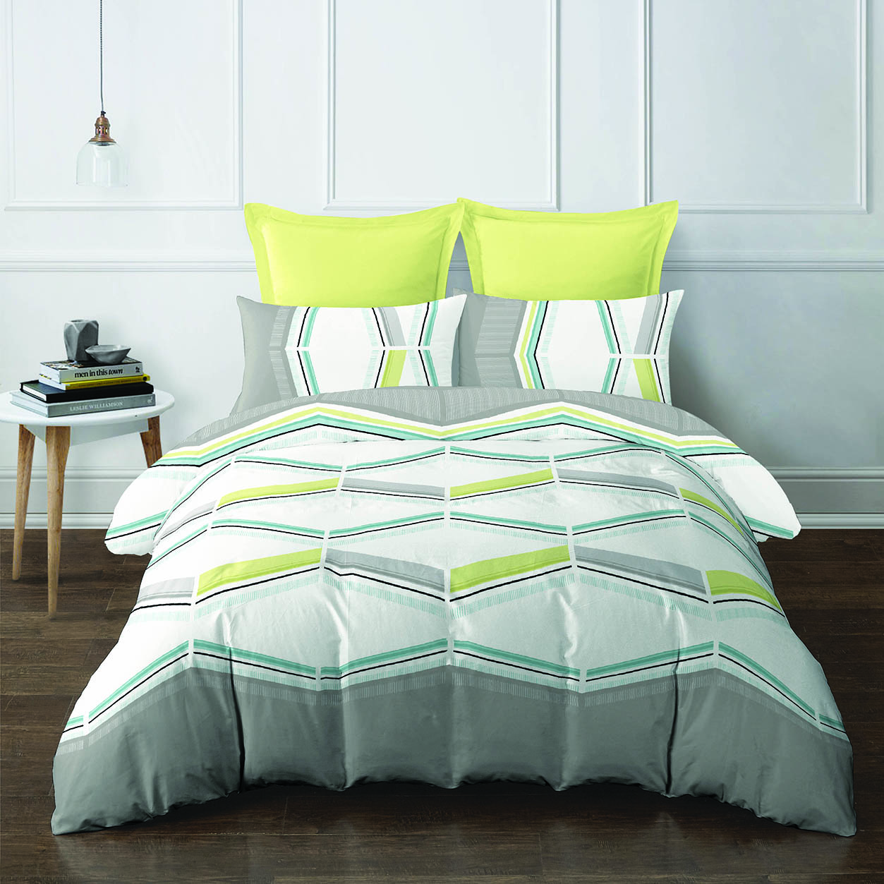 4pcs Queen Fitted Set (420 thread count, smooth cotton) - Stivo